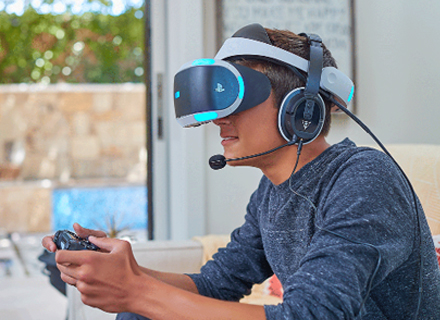 2016-Turtle Beach designs the first gaming headset designed specifically for VR